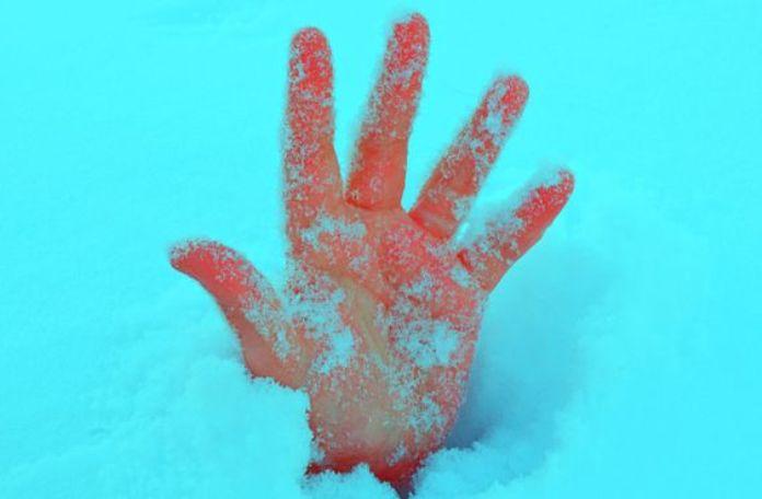 cara-menjaga-tangan-tetap-hangat-tanpa-sarung-tangan-1
